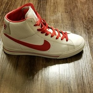 Classic Nike Sweet High